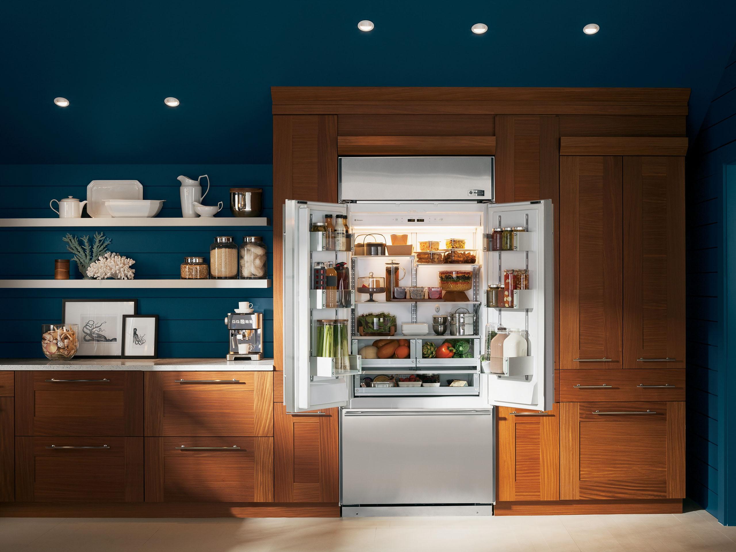 Ge monogram refrigerator repair.